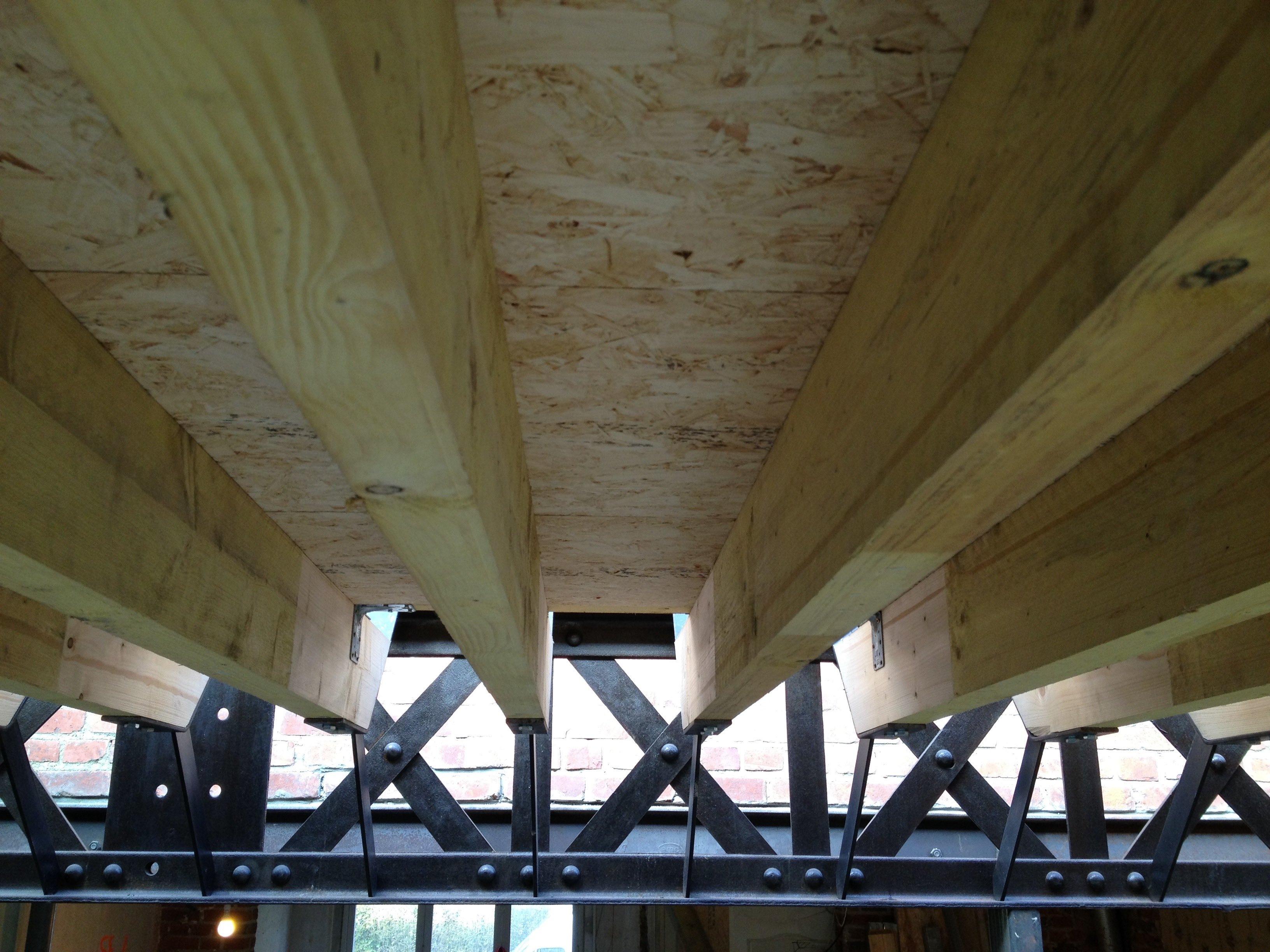 Ossature Métallique Pour Terrasse Bois réalisation d'une structure pour une toiture végétalisée