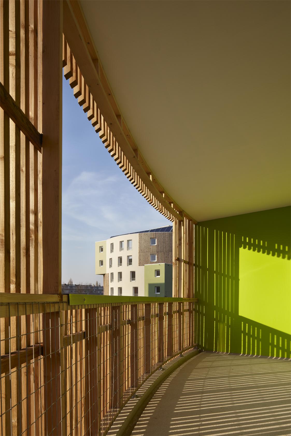 Bardage Bois Vertical Interieur bardage douglas et structure bois courbe