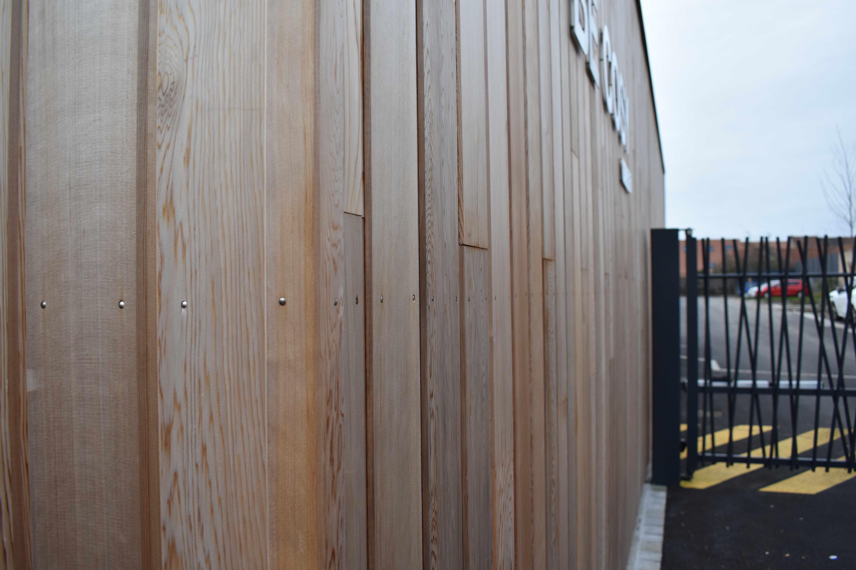 Bardage Bois Vertical Interieur bardage red cedar clin et ossature bois des garages